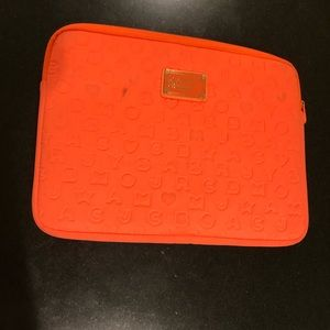 Marc jacobs laptop case (neon orange)